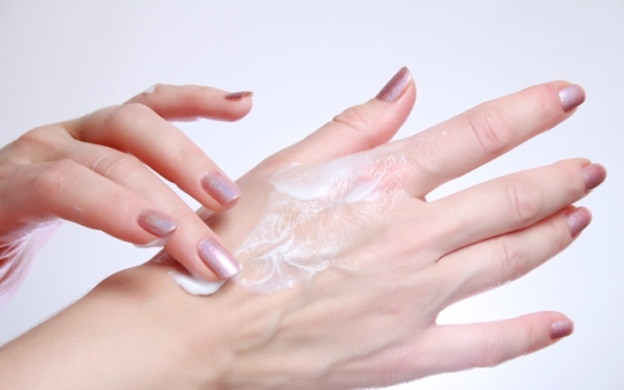 how-to-get-soft-hands (1)
