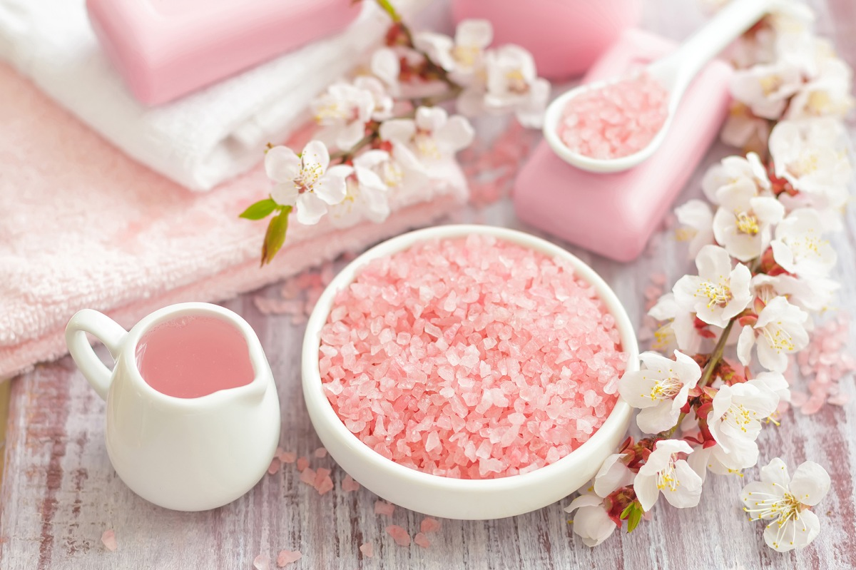 How to Prepare Bath Salt at Home
