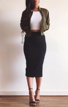 842de36689f21bfdef8bdd01bc9cd4b8--black-pencil-skirts-black-skirts