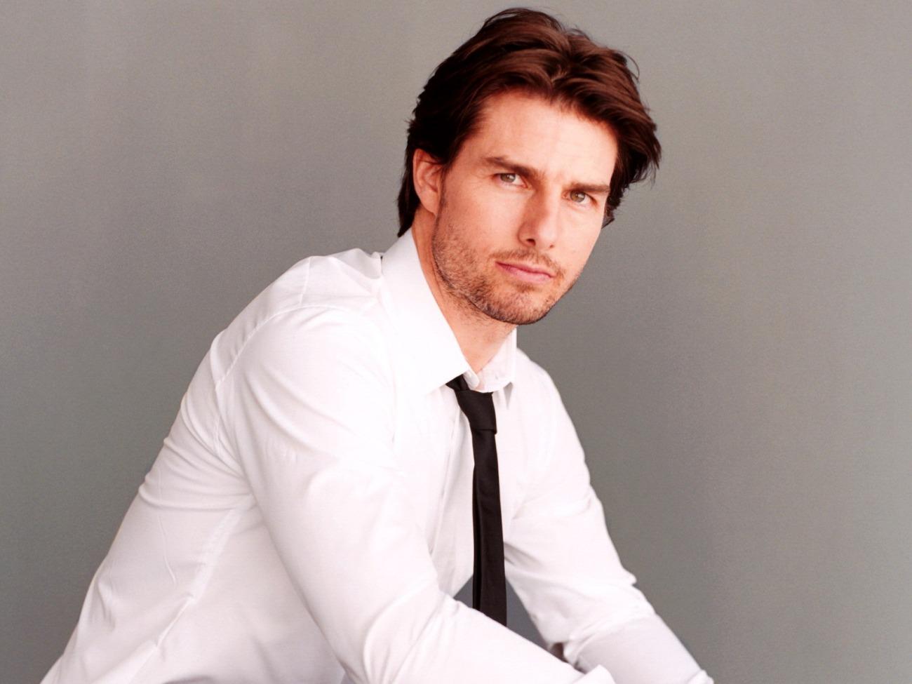 Tom Cruise Wallpaper @ go4celebrity.com