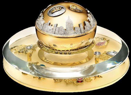 DKNY-Golden-Delicious-Million-Dollar-Fragrance-Bottle-Worlds-Most-Expensive-Colognes-2017