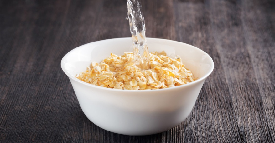 Oatmeal-Water-For-A-Slimmer-You