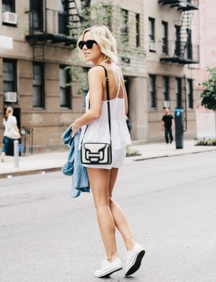 4.-sling-bag-with-casual-chic-outfit