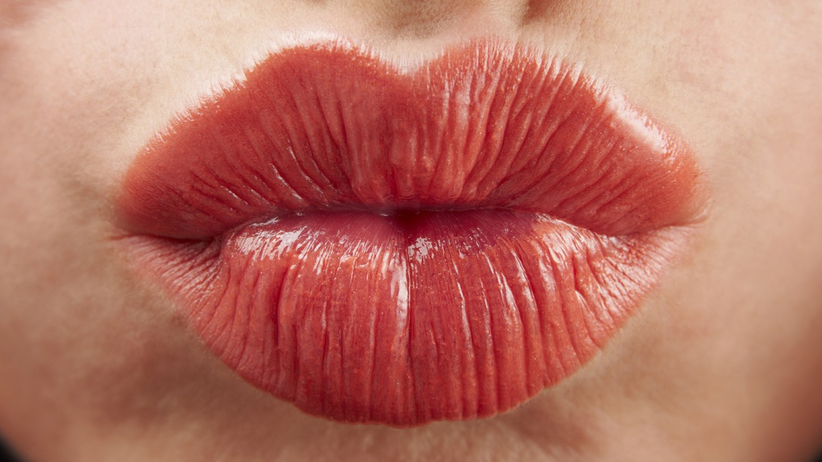 Home Remedies to Get Rid of Dry Lips, Hello Pink Lips