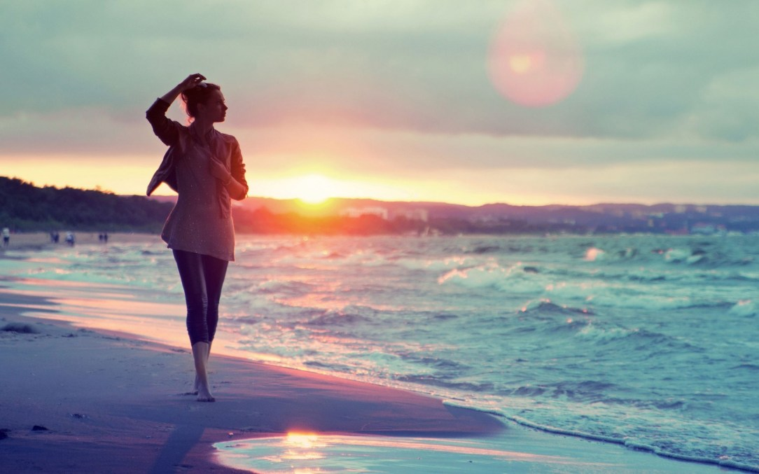 girl-on-beach-sunset-wallpapers-hd-wallpapers-hd-wallpapers-360