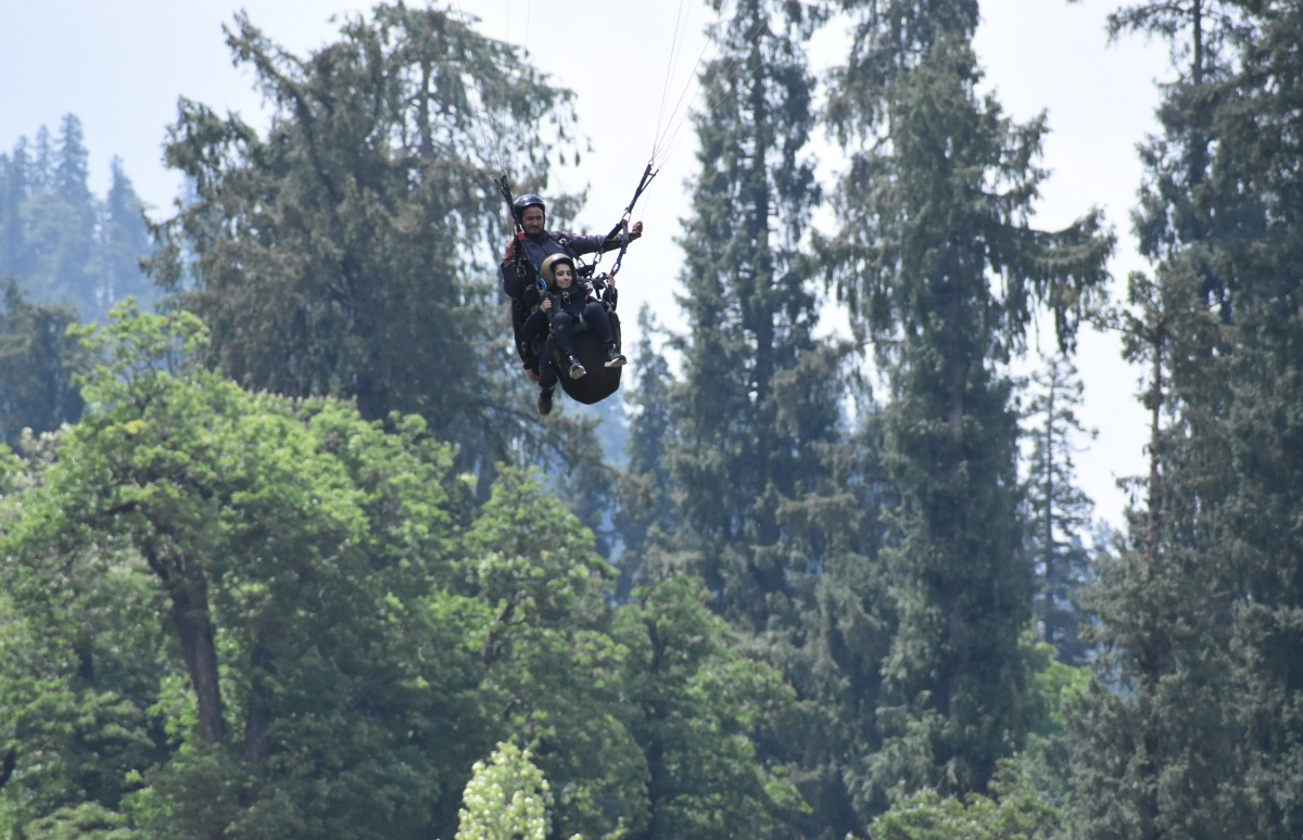 Paragliding at Solang Valley | When I Flew Like A Bird, Feeling Light andFree
