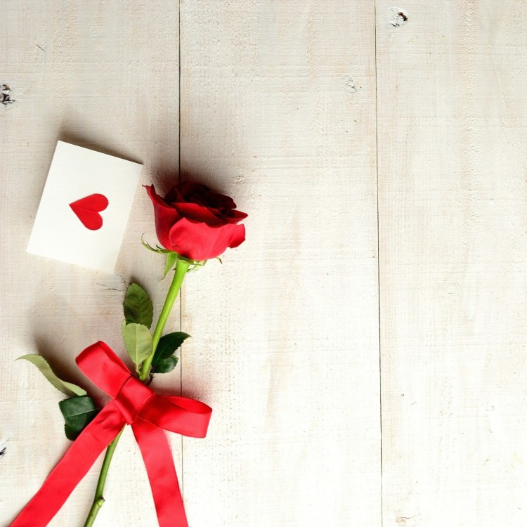 964868-cool-love-letter-wallpaper-2048x2048-macbook